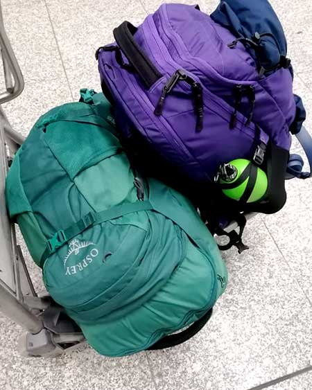 The 'day bag' is more than half the size of the main bag! That's how I arrived in Madeira.