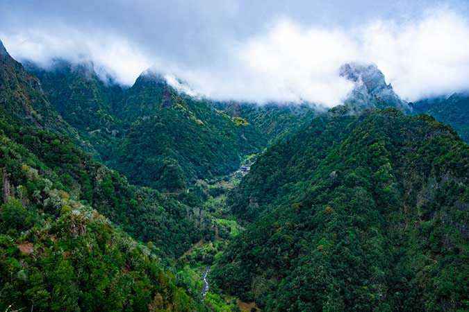 Best Hikes in Madeira you can do without the car - Vereda Dos Balcões