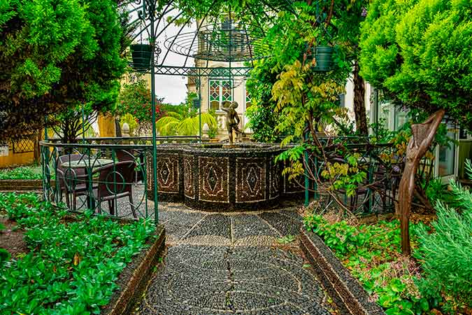 8 Great Things to do in Funchal When it Rains - Universe of Memories