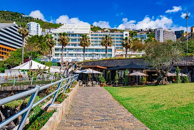 Which is the best area to stay in Funchal