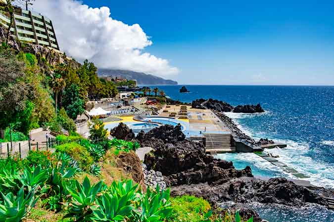 Which is the best area to stay in Funchal - Lido Bathing Complex