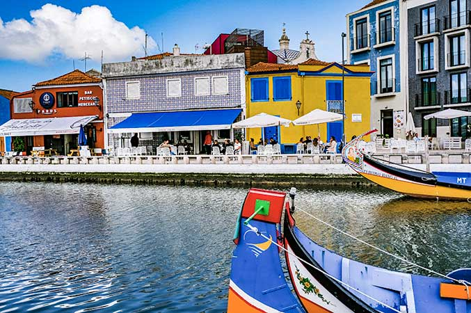 After snapping some sunset photos, you can take a return bus or taxi back to Aveiro.