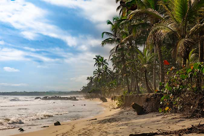COMPLETE GUIDE TO ALL BEACHES OF COLOMBIA CARIBBEAN COAST
